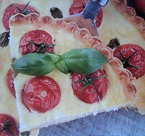 песочный пирог с творогом и помидорами
